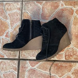 black wedge booties size 10